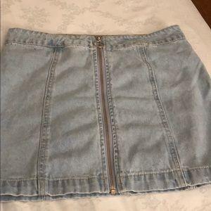 Forever 21 size 26 full zip jean skirt